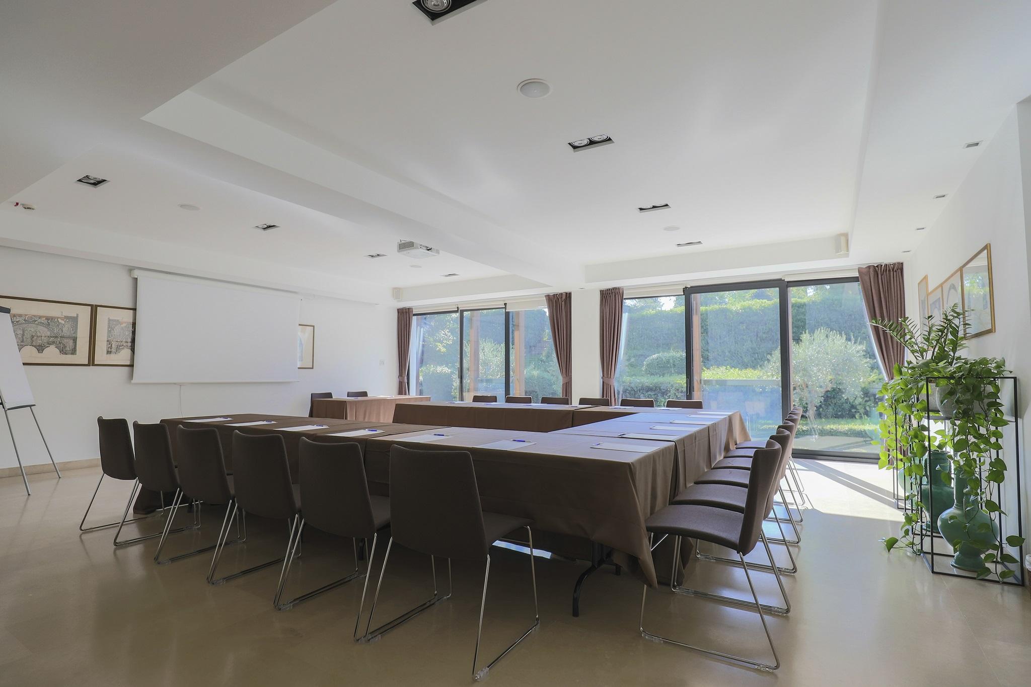 Location Per Eventi Business Hotel Acquaviva Del Garda