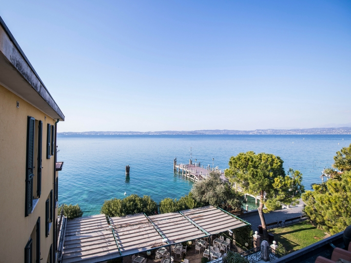 Camera Deluxe Hotel Sirmione Lago di Garda